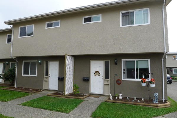 1100 sq ft 3 bedroom townhome chilliwack apartments